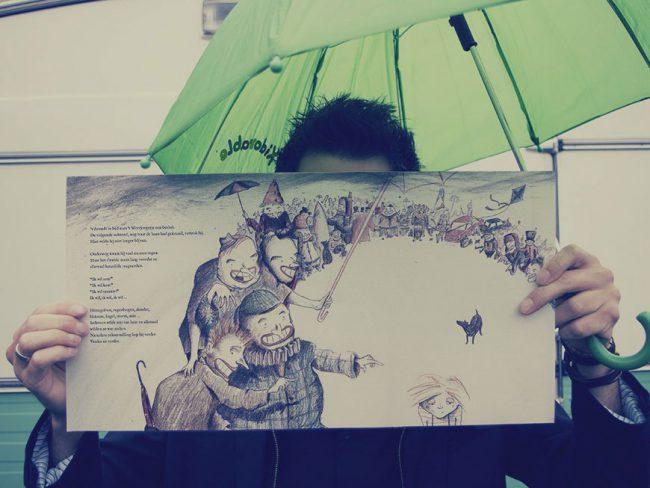 Het Weerjongetje, een kijkje onder de paraplu